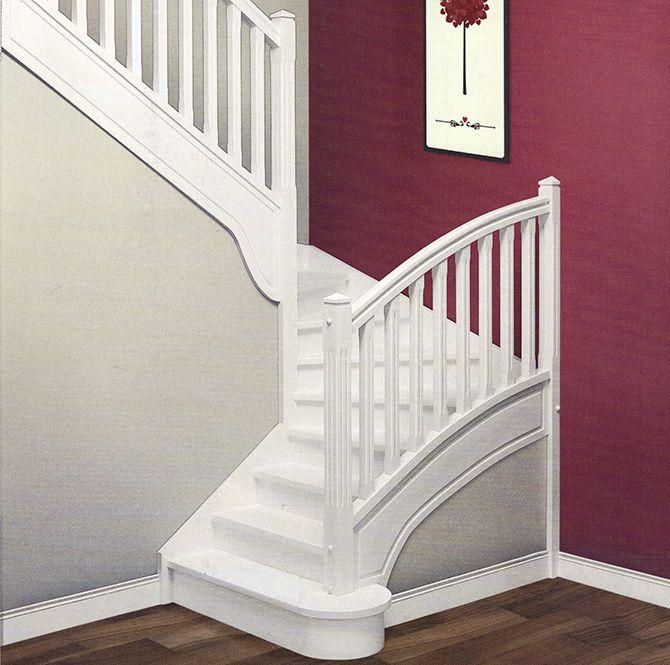 Escalier demi-tournant en hêtre