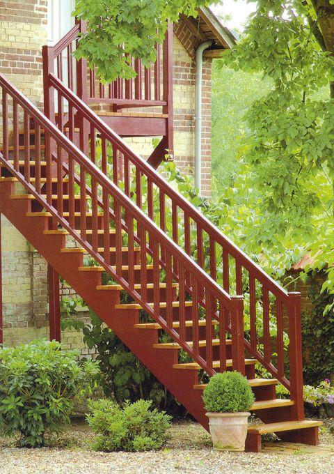 Escalier extérieur avec palier