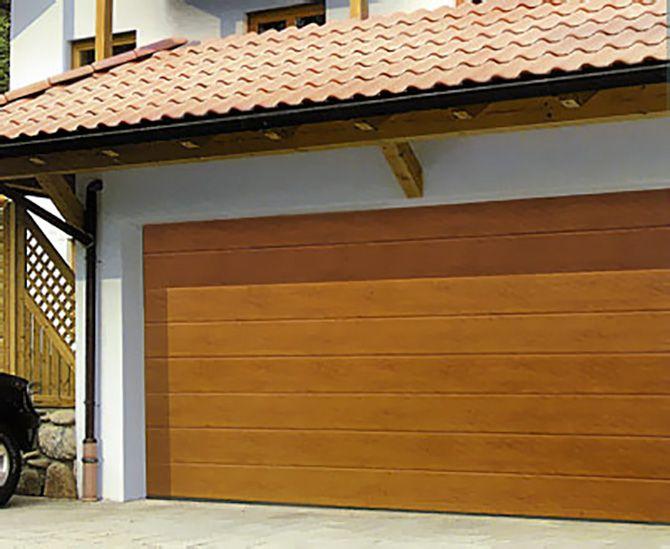 Porte de garage sectionnelle ton chêne doré
